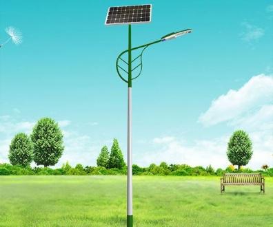 不同天气对太阳能路灯影响情况