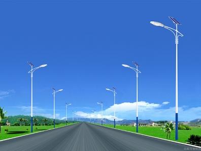 太阳能路灯价格高,看专业人士怎么说!